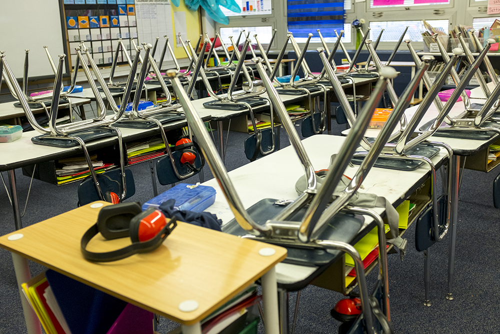An empty classroom at Goldrick Elementary School, Dec. 7, 2017. (Kevin J. Beaty/Denverite)  denver; colorado; denverite; kevinjbeaty; elementary school; education; goldrick elementary; learning; classroom;