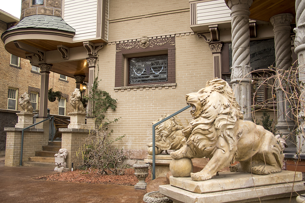 1028 Pearl Street, which features at least 8 stone lions. Capitol Hill, March 27, 2018. (Kevin J. Beaty/Denverite)  architecture; yard art; denver; colorado; capitol hill; denverite; kevinjbeaty;