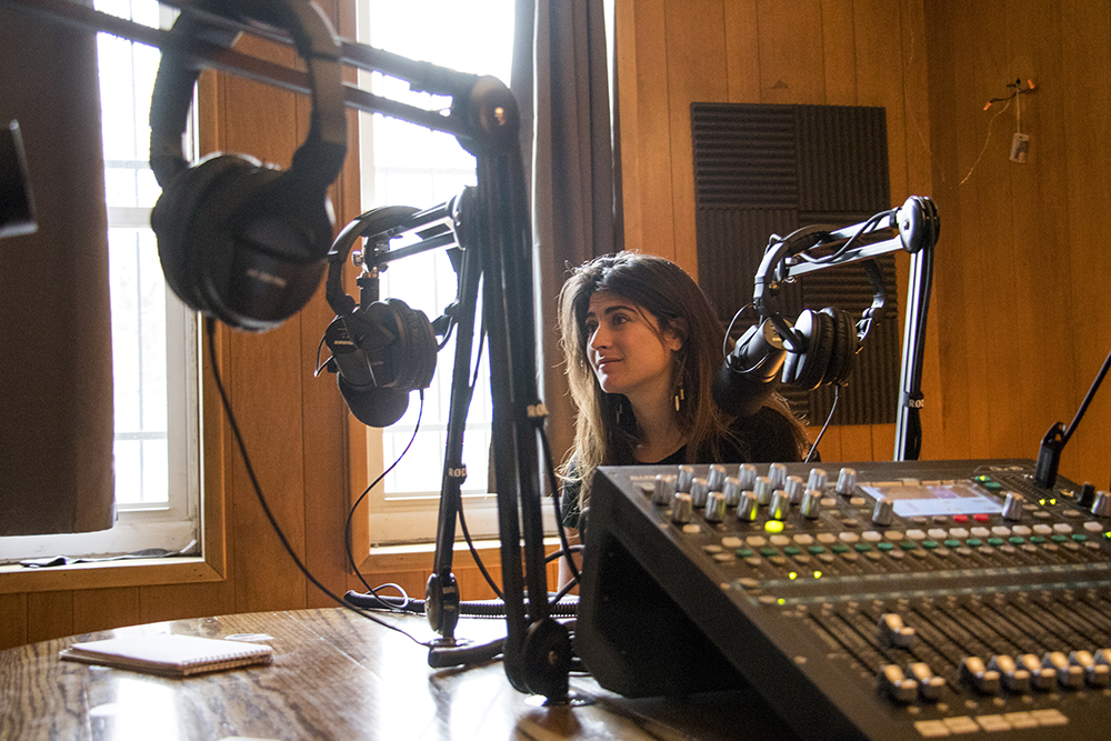 Catherine de Medici Jaffee speaks to a reporter inside House of Pod's studio. April 6, 2018. (Kevin J. Beaty/Denverite)  denver; colorado; denverite; kevinjbeaty; house of pod; podcasting;