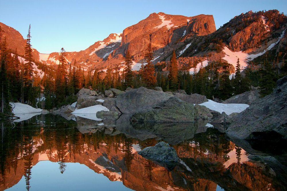 Lake Haiyaha. (Debra Miller/NPS)