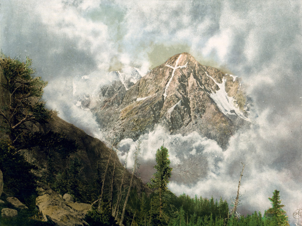 A 1901 photochrom print featuring Mount of the Holy Cross by  William Henry Jackson. (Public domain)