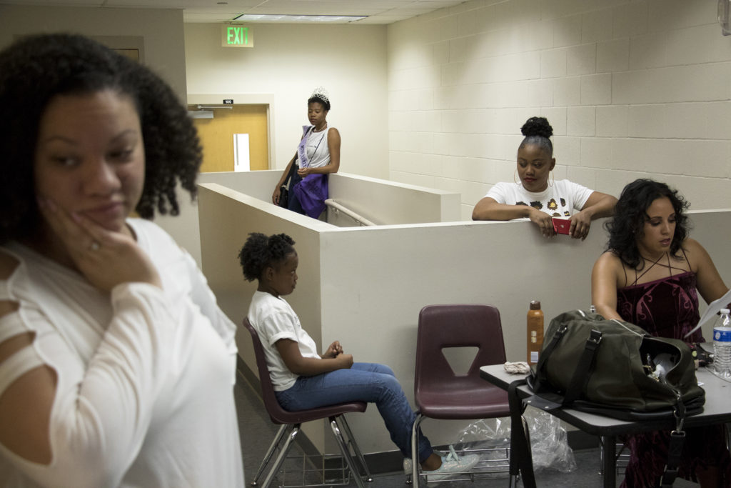 Behind the scenes before Curls on the Block's second-annual Miss Curly Pageant. Collegiate Prep Academy, Montbello, Oct. 21, 2018. (Kevin J. Beaty/Denverite)