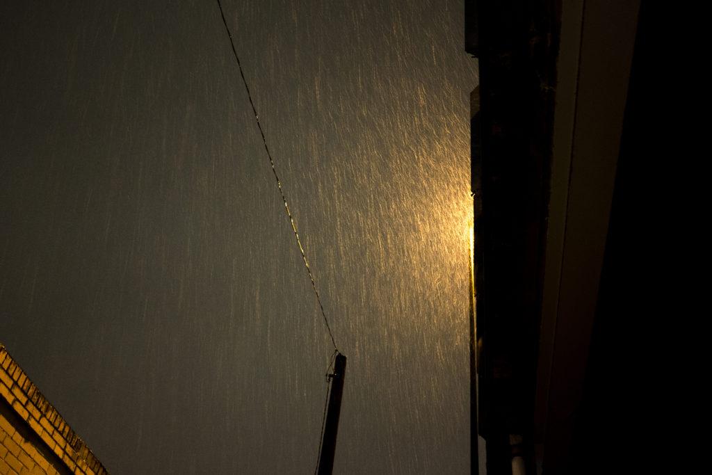 A cold, wet Denver night, Oct. 30, 2018. (Kevin J. Beaty/Denverite)