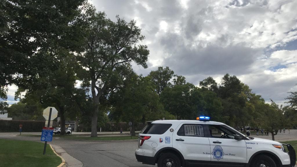 Denver Police outside the Denver Zoo after it was shut down due to a credible threat Oct. 2, 2018. (Esteban L. Hernandez/Denverite)