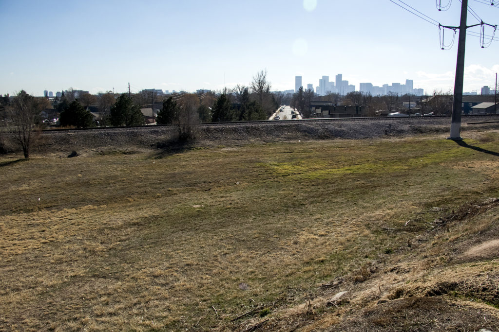 A Globeville brownfield site that will soon be remediated, Nov. 29, 2018. (Kevin J. Beaty/Denverite)