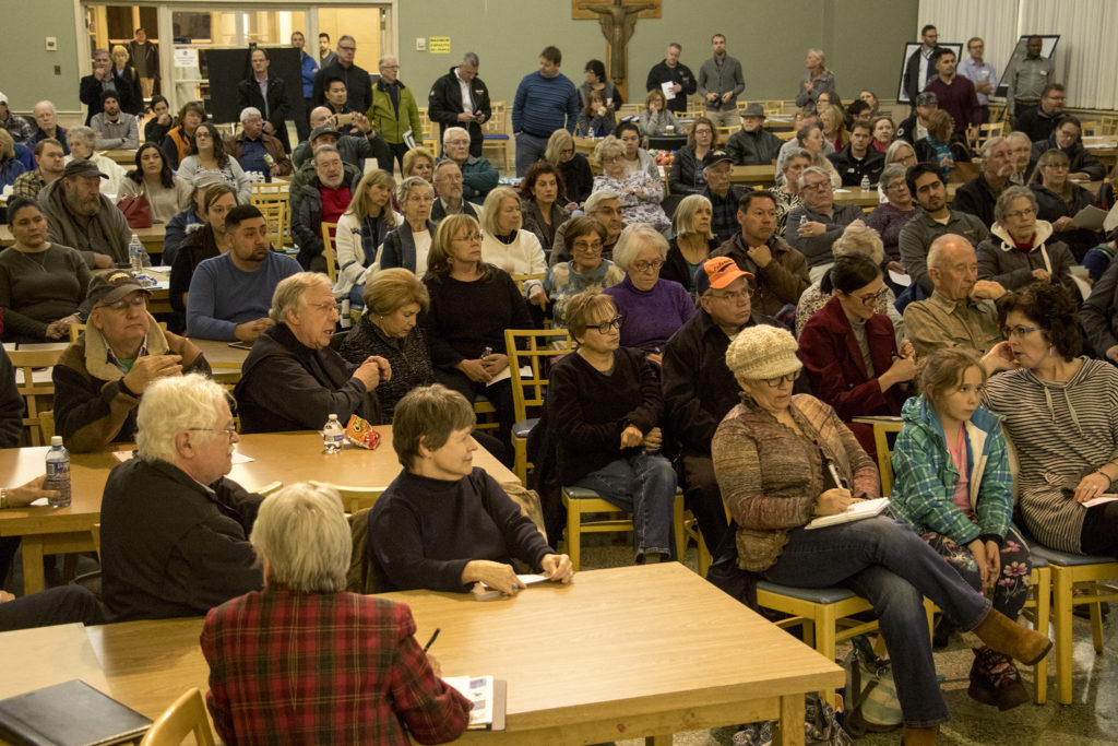 A community meeting about the future of the Loretto Heights campus in Harvey Park South, Jan. 15, 2018. (Kevin J. Beaty/Denverite)