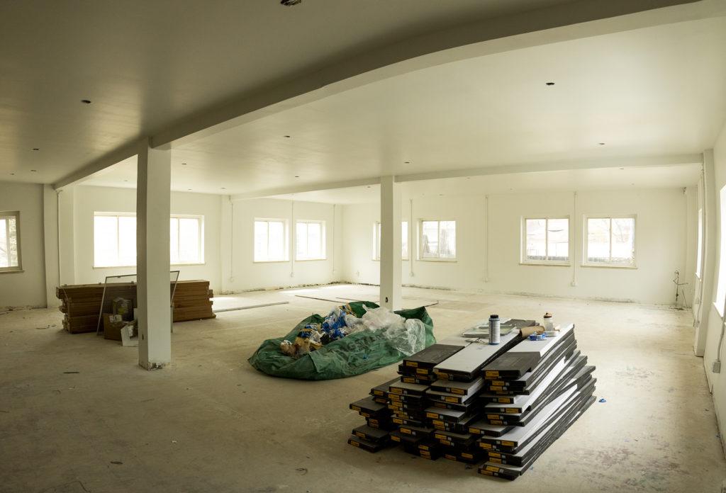 An unfinished renovation inside the Highlands Center, April 18, 2019. (Kevin J. Beaty/Denverite)