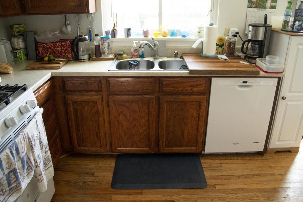 Barbara Dodge's kitchen sports an anti-fatigue mat by her sink, April 23, 2019. (Kevin J. Beaty/Denverite)