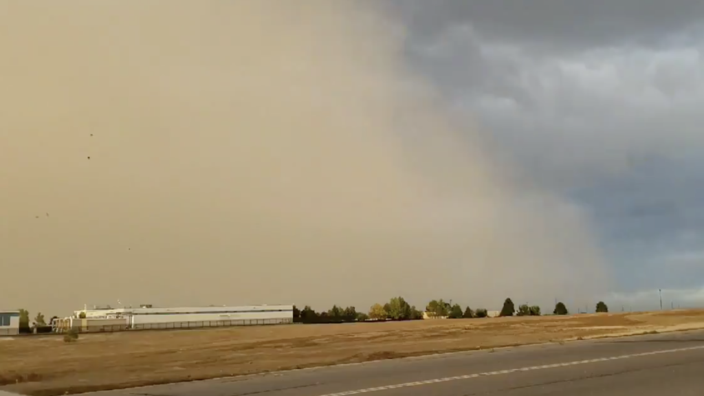 The haboob moves through the Centennial area, Oct. 9, 2019. (Courtesy, WeatherNation)