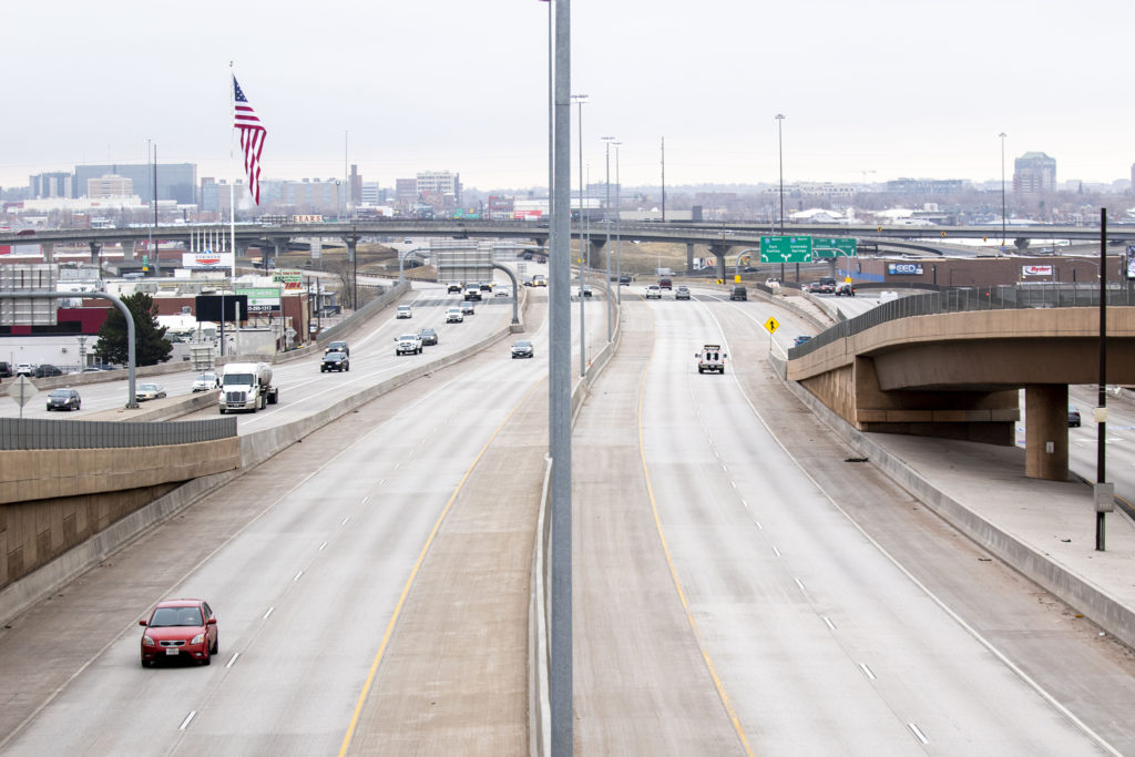 6th Avenue was a ghost road at rush hour after the city grinded to a COVID-19 halt. March 17, 2020. (Kevin J. Beaty/Denverite)