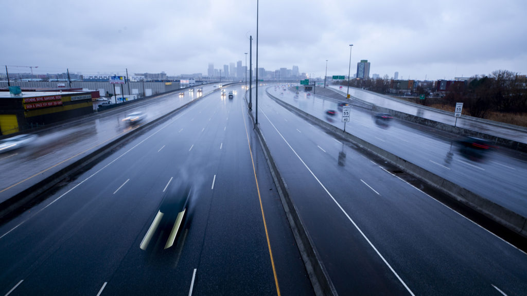 Rush hour on I-25 during COVID-19 social distancing, March 19, 2020. (Kevin J. Beaty/Denverite)