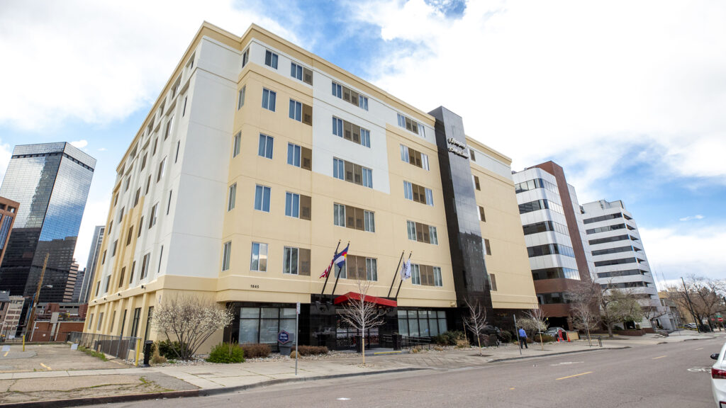 The Hampton Inn and Suites on Sherman Street in North Capitol Hill. April 10, 2020. (Kevin J. Beaty/Denverite)