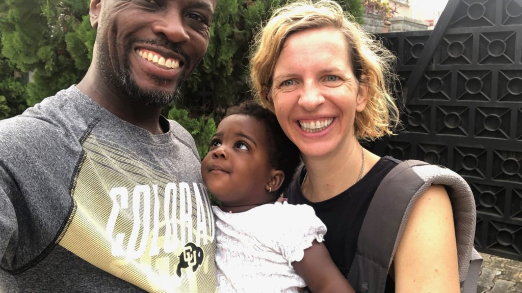 Adebambo Alli and his wife Robin Gallite with their daughter Adenike-Rae Alli in a family photo. (Courtesy Robin Gallite)