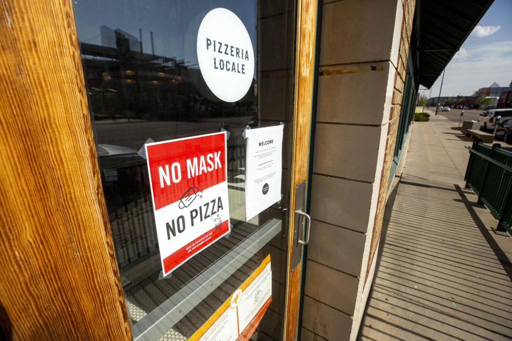 You'll need to wear a mask to get fed at Pizzeria Locale on Broadway. May 7, 2020. (Kevin J. Beaty/Denverite)