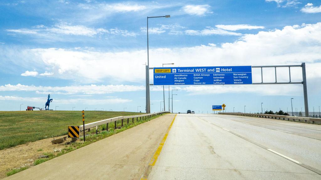 Peña Boulevard, heading into Denver International Airport.