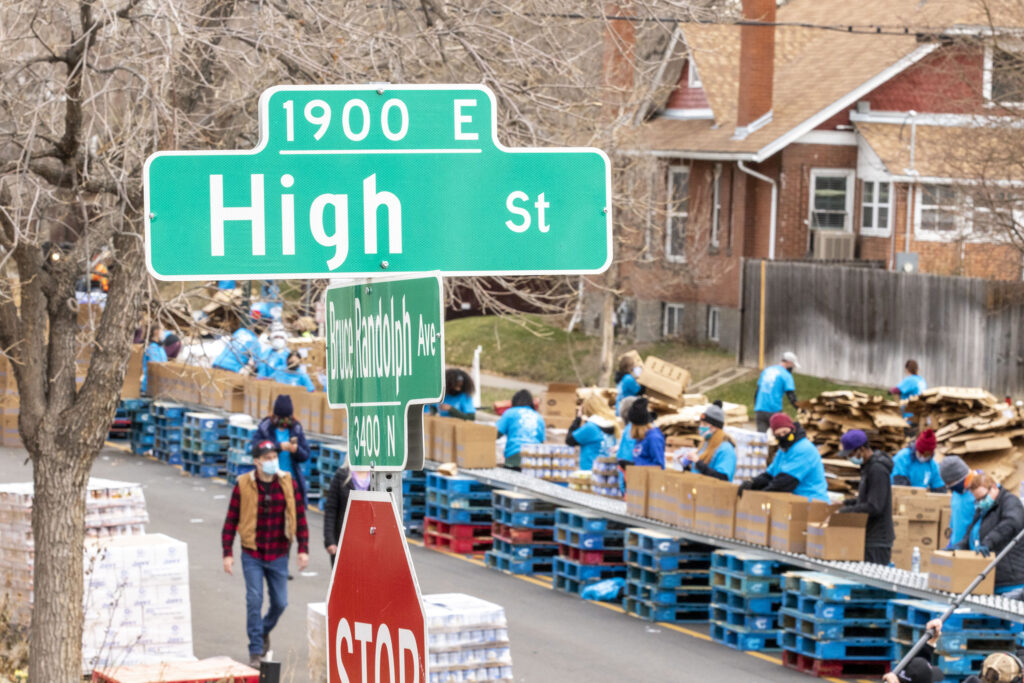 The annual Denver Feed a Family event on Bruce Randolph Avenue in Cole. Nov. 21, 2020.