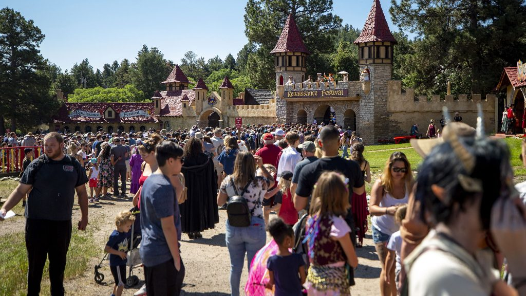 A huge crowd waits to enter the Colorado Renaissance Festival in Larkspur. July 4, 2021.