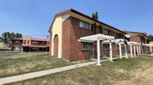 Vacant buildings at 991 North Alcott Way in the Sun Valley neighborhood. (Esteban L. Hernandez/Denverite)
